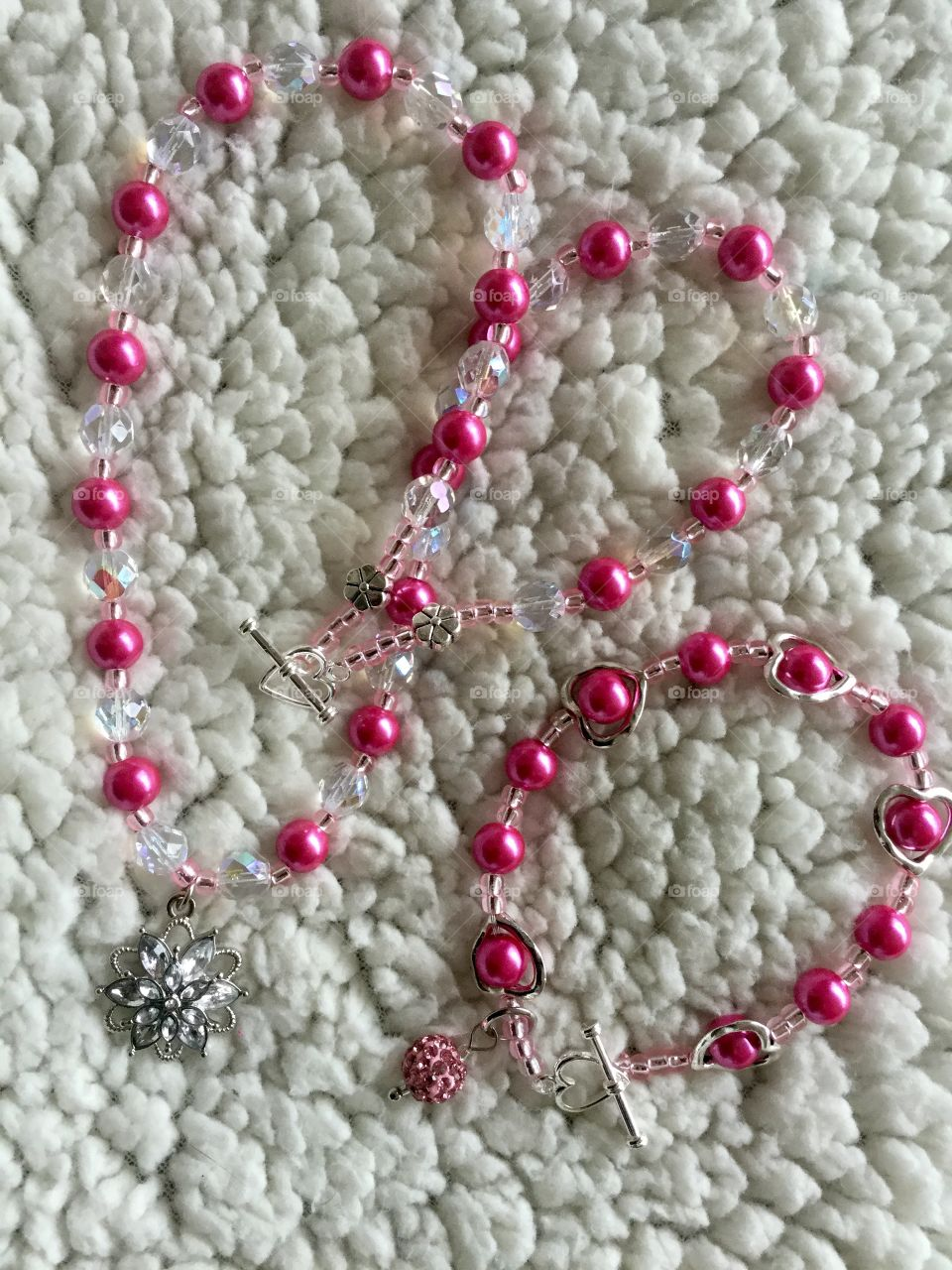 Hot pink and crystal beaded jewelry set
