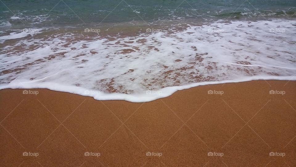 море.пляж.волны.пена.отдых.лето.отпуск.