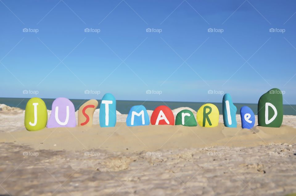 Just Married,romantic stones composition