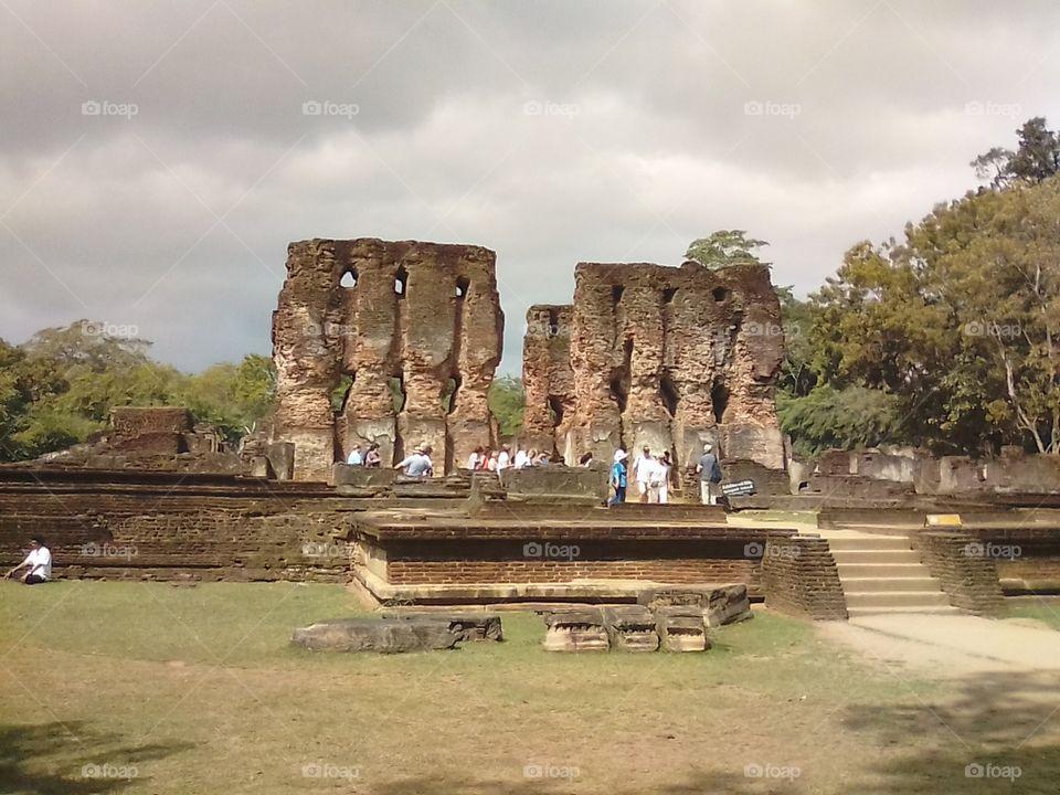 sri lanka polonnaruwa historycal place in kings house