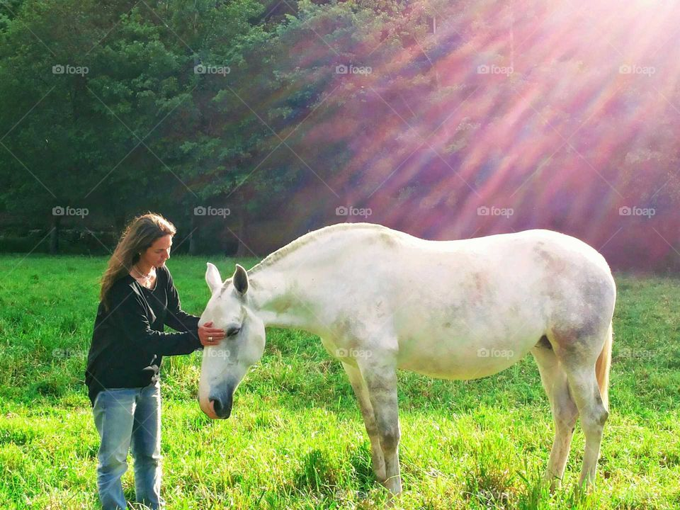 Woman and horse, beautiful friendship
