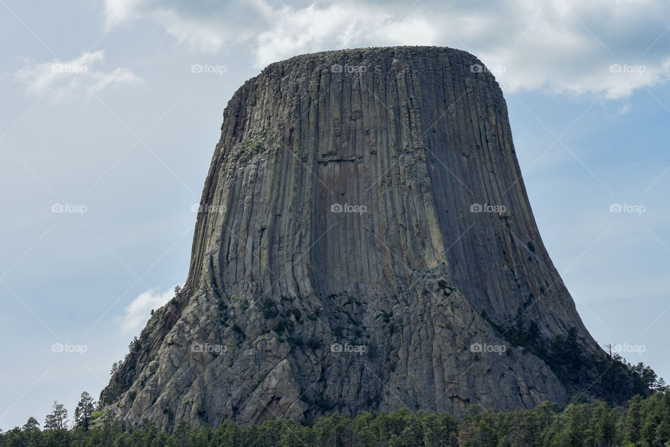 the devils tower in Wyoming