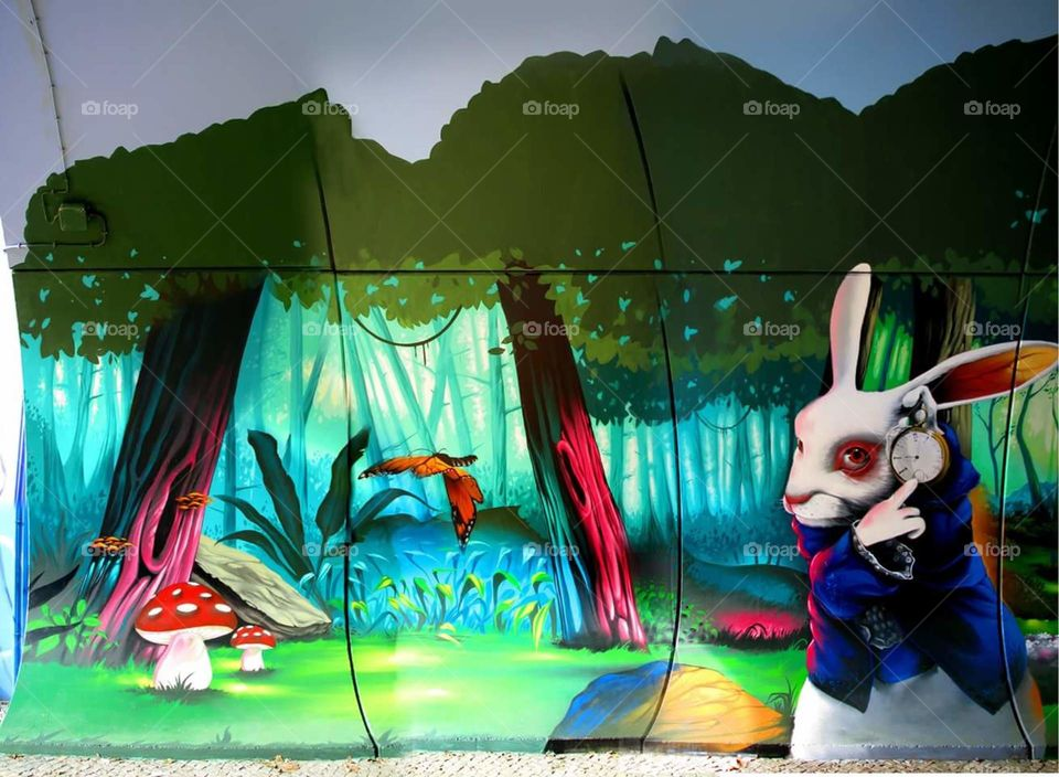 #Cinema #film #Fallowme #fallow_me #clock #time #rabbit #paint