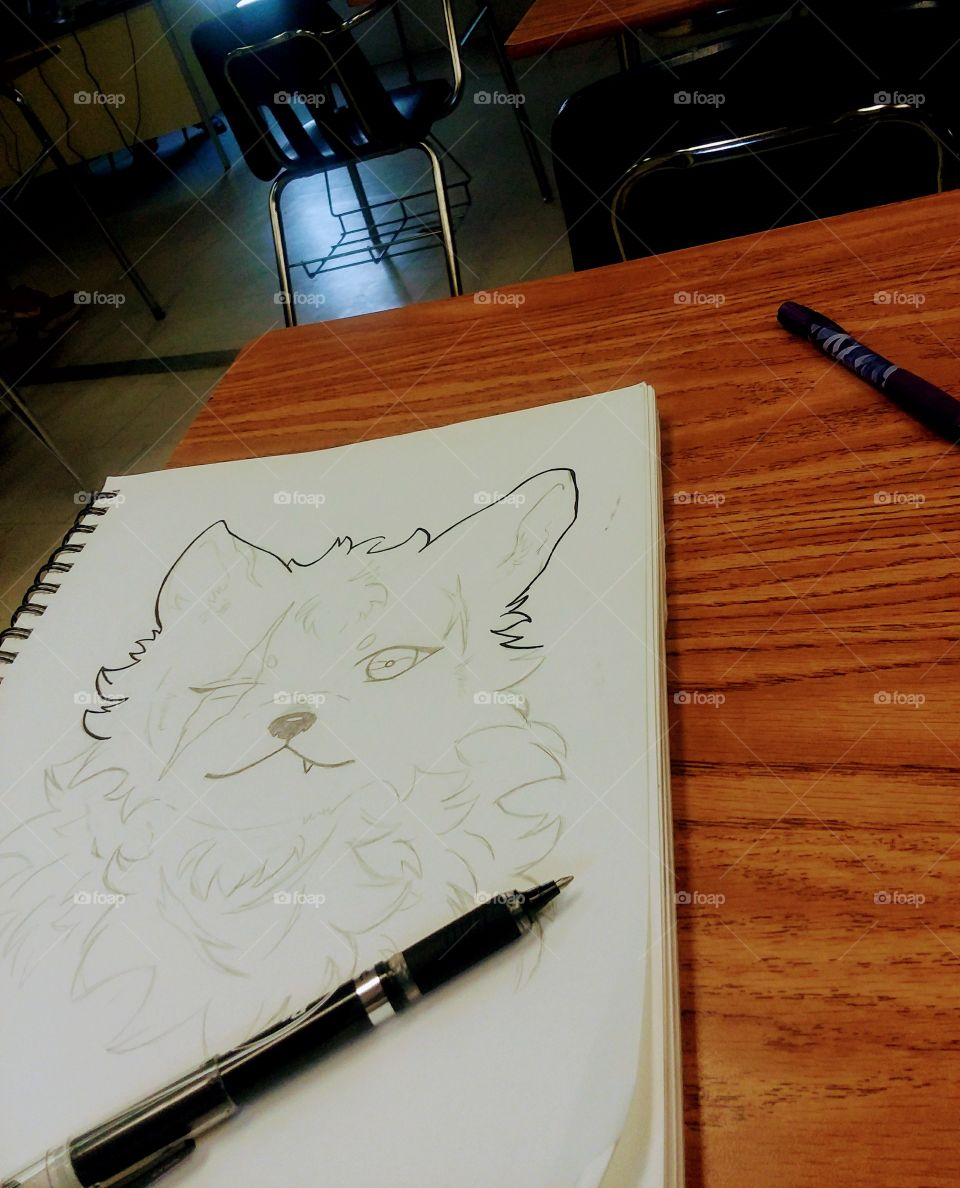 im drawing a wolf doggo