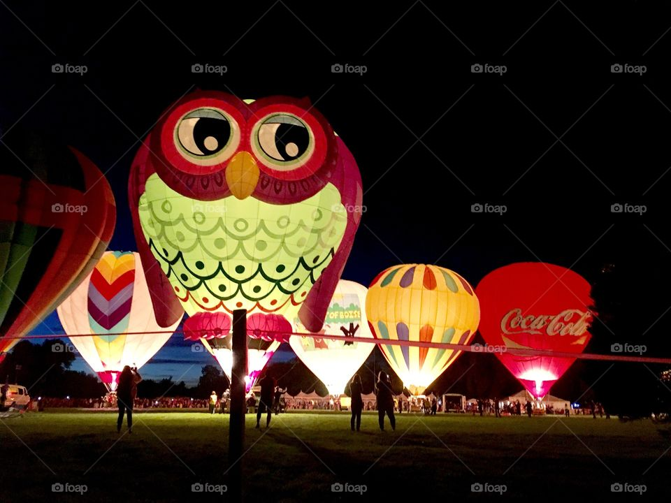Balloon light show