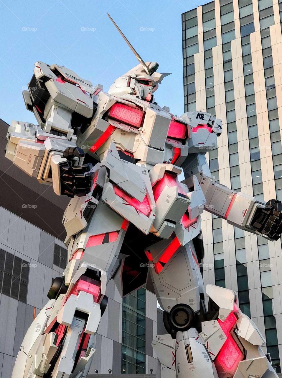 Unicorn Gundam statue in Odaiba, Japan