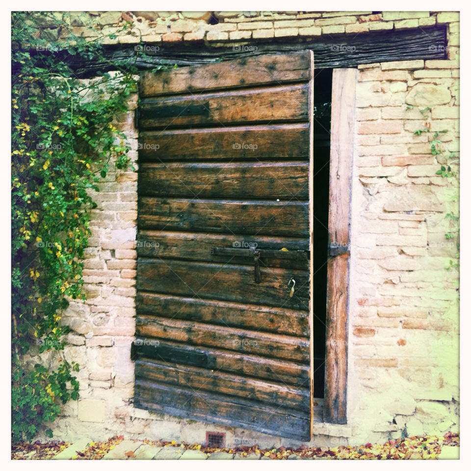 italy wood barn door by dj_photo