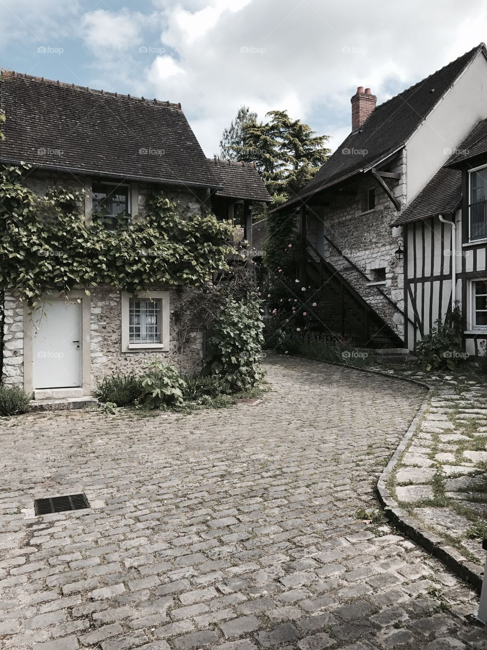 French Cottage Path