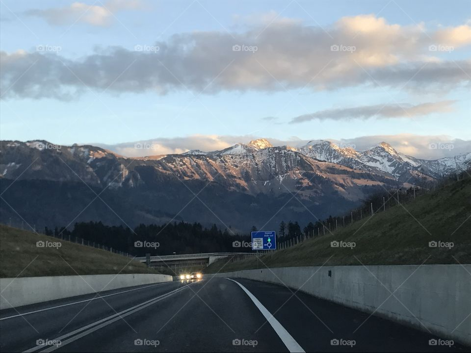 view road Switzerland moutains