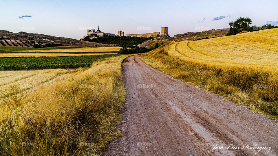 Camino del monasterio de Uclés  Road to the Uclés monastery