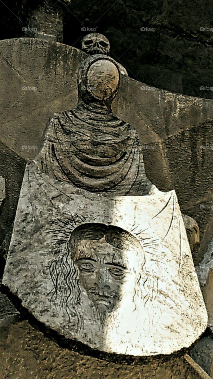 The Shroud. Sagrada Familia