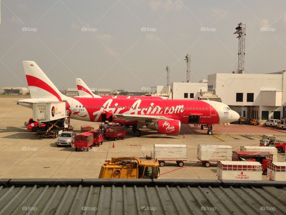 AirAsia : Now Everyone Can Fly