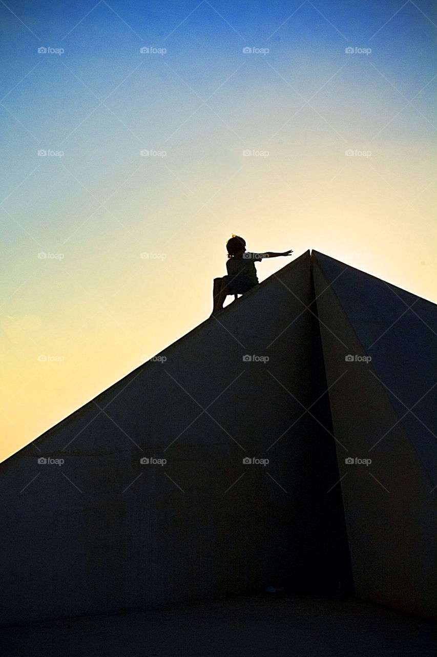 sky boy inspiration pyramid by mayak