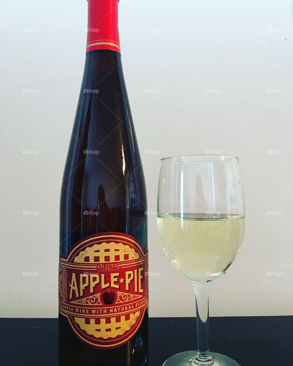 Apple Pie Wine