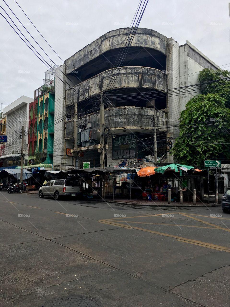 End of khao shan road