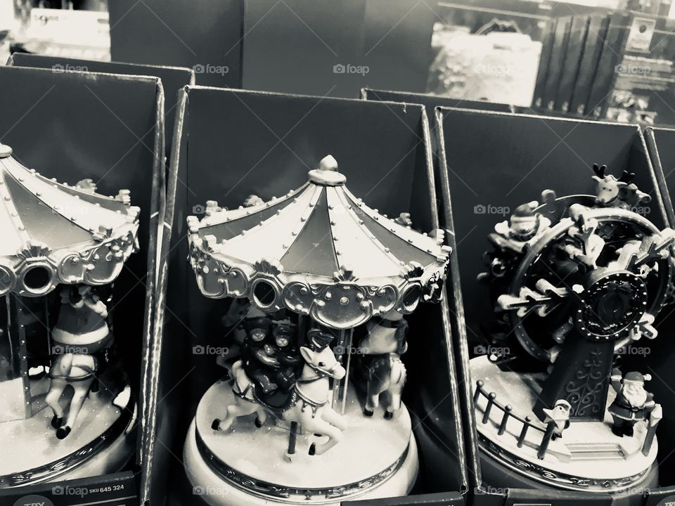 Toy carousels